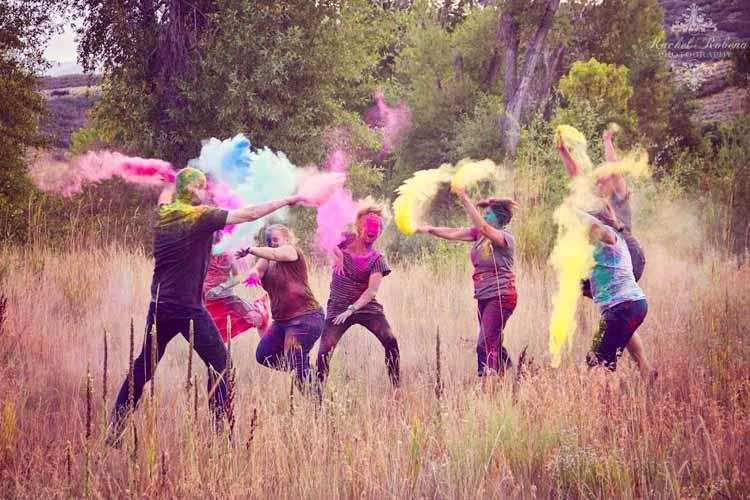 batalla polvos holi colores